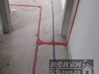 水路改造注意事项 水管走顶不走地(2)