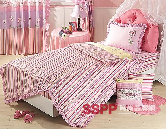 可爱小公主的卧室床品(4)