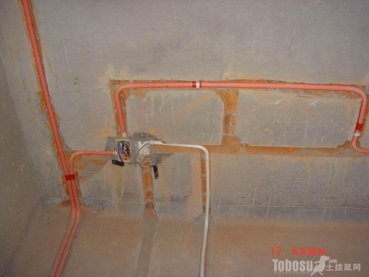 电路施工时怎样可以少走明线?