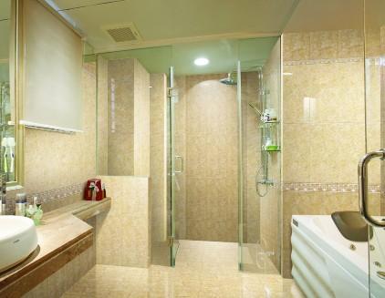 浴缸前墙采用砖砌贴瓷砖