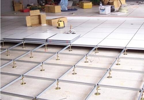 防静电地板施工工艺 完好保护家用电器 高清图片