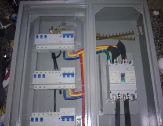 控制总容量在电表的最大容量之内