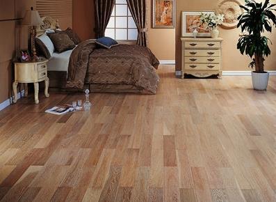 强化木地板清洗方法