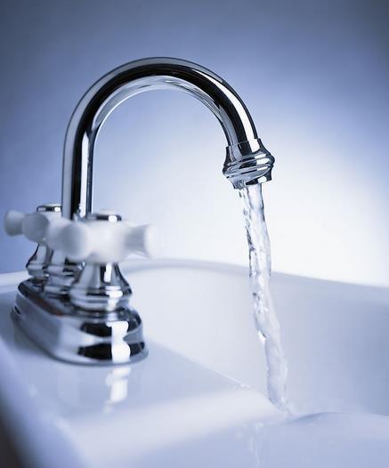 水管和感应式水龙头内部结构