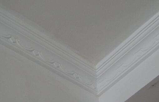 一般石膏线装饰产品图案花纹的凹凸应在10mm以上,且制作精细.