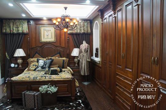 玛格定制家具 尊贵型欧式实木衣柜 欧式 实木雕花 可量身定制