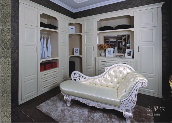 卧室橱柜内部结构图