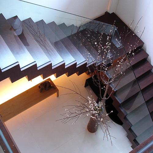 扭梁弧形玻璃钢结构梯,现代简约楼梯 适用场所:家庭复式,跃层等 说明
