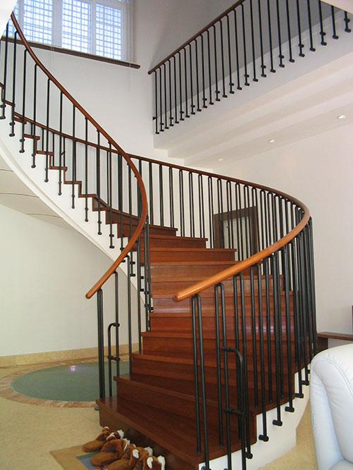 别墅楼梯,复式楼梯  产品分类:主体结构