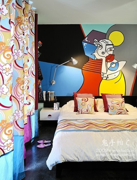 后现代卧室手绘背景墙窗帘装修效果图-鬼手帕设计 (6/6)