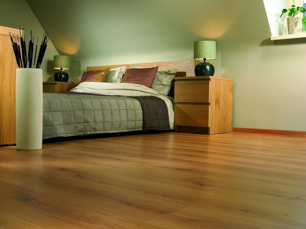 复式卧室木地板装修样板房装修效果图