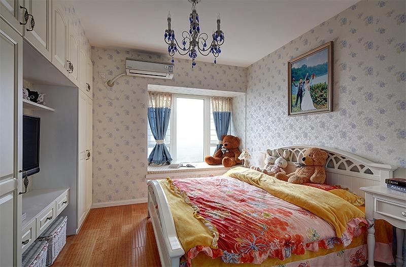 主卧室飘窗装修设计图装修效果图