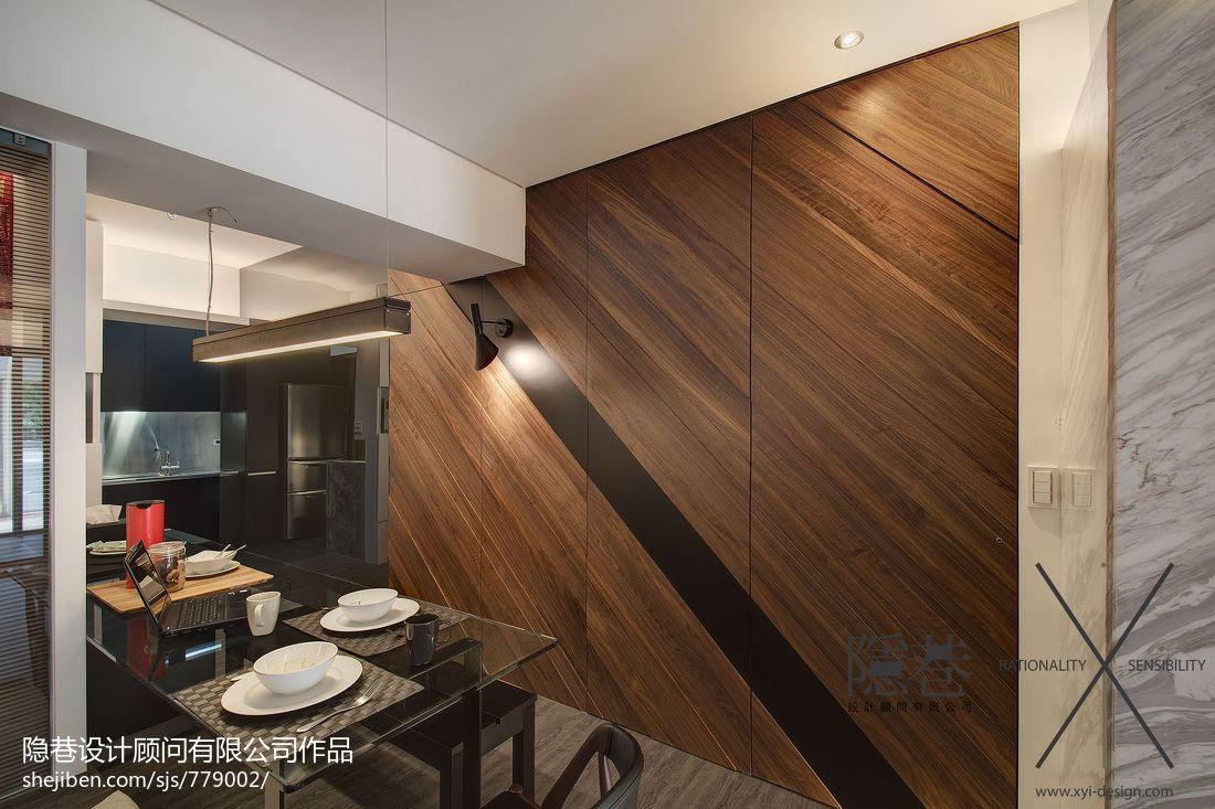 现代两房二厅餐厅木地板背景墙效果图 (5/12)
