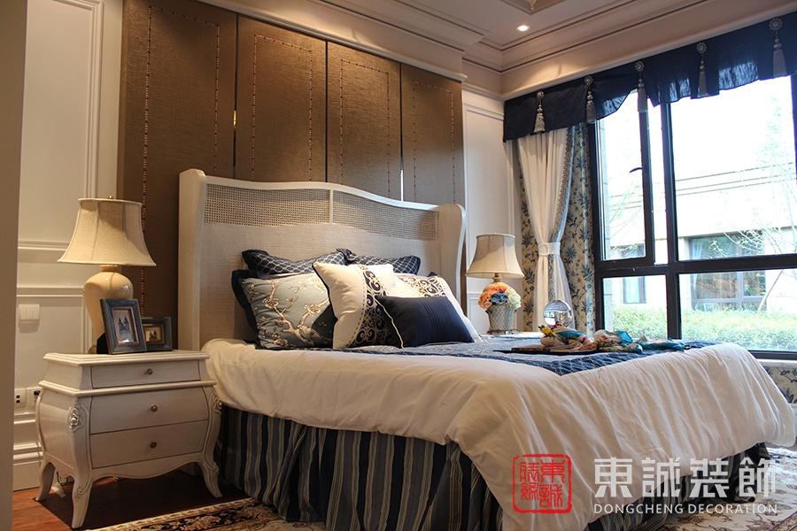 欧式风格床头背景墙装修效果图装修效果图图片
