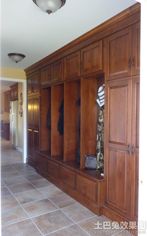 玄关实木衣帽柜装修效果图片装修效果图 第4张 家居图库 九正家居网 -高清图片