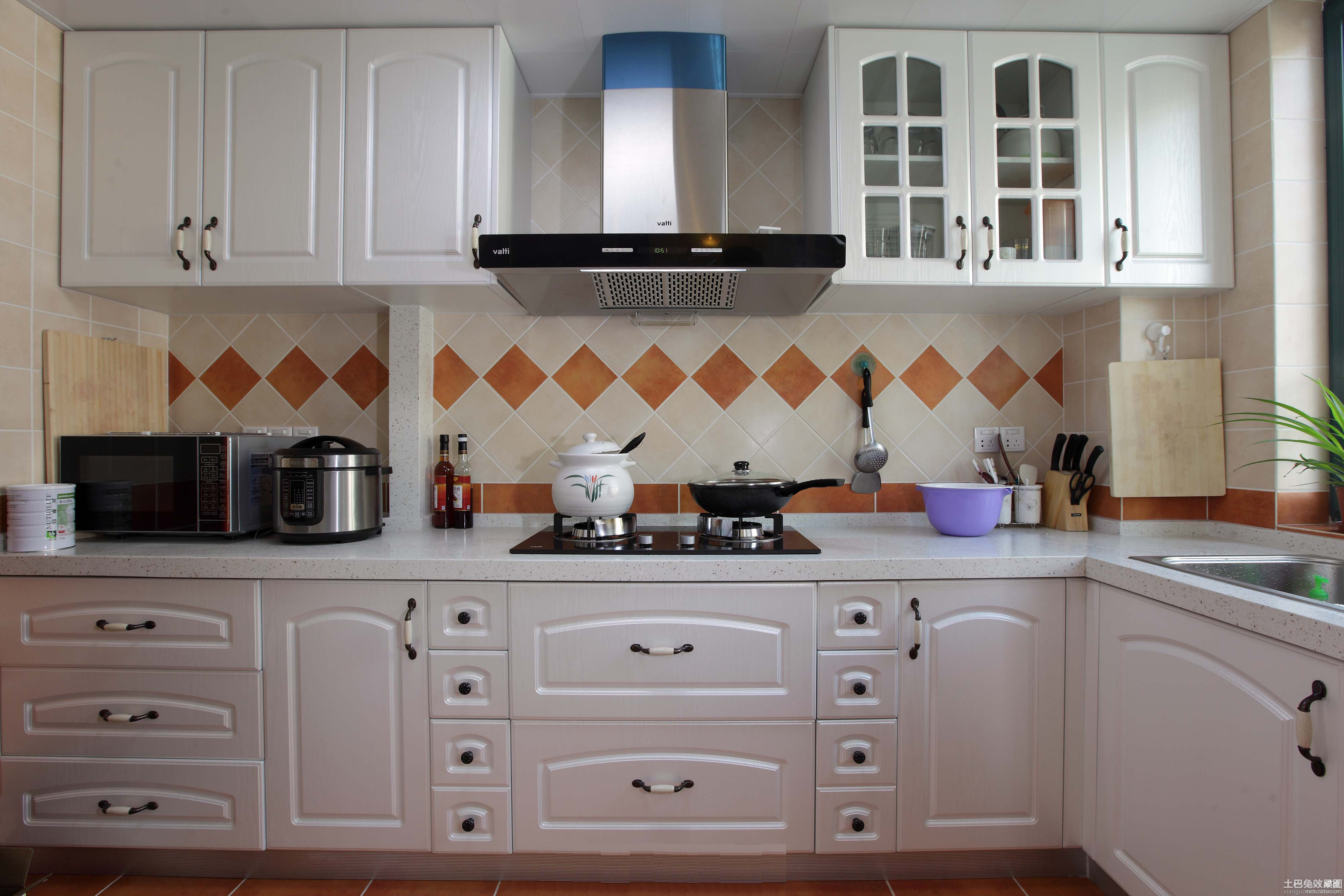 厨房欧式橱柜设计图装修效果图