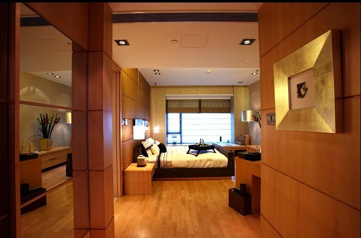 现代风格大卧室木地板装修效果图装修效果图