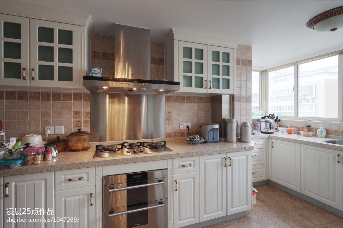 现代美式风格厨房装修效果图 (5/6)图片
