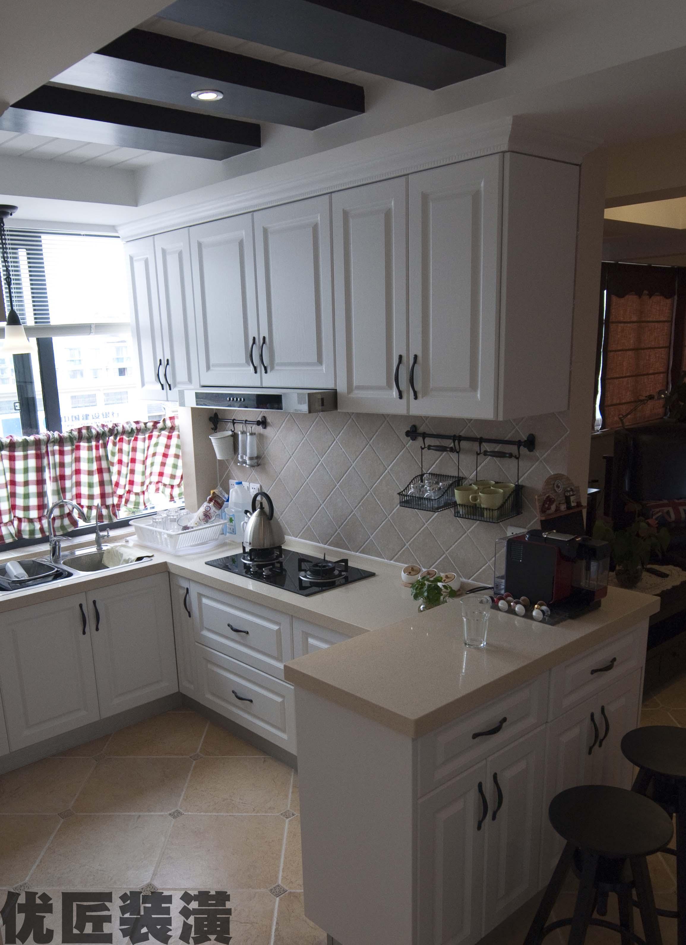 半开放式装修效果图_简约半开放式厨房装修效果图大全