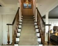 复式楼梯设计原则1,楼梯护栏的的安全性在复式楼中,楼梯作为连接上下图片