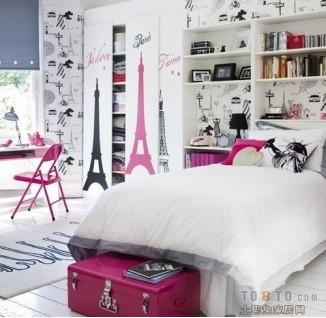 活泼可爱的手绘图案卧室衣柜装修效果图