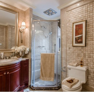 欧式别墅卫生间洗手台镜子图片