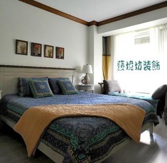 欧式复古风格三室两厅客厅设计效果图