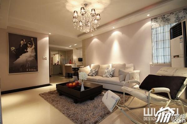 米色调装修,公寓装修,富裕型装修,欧式风格,客厅,舒适,沙发,茶几,灯具