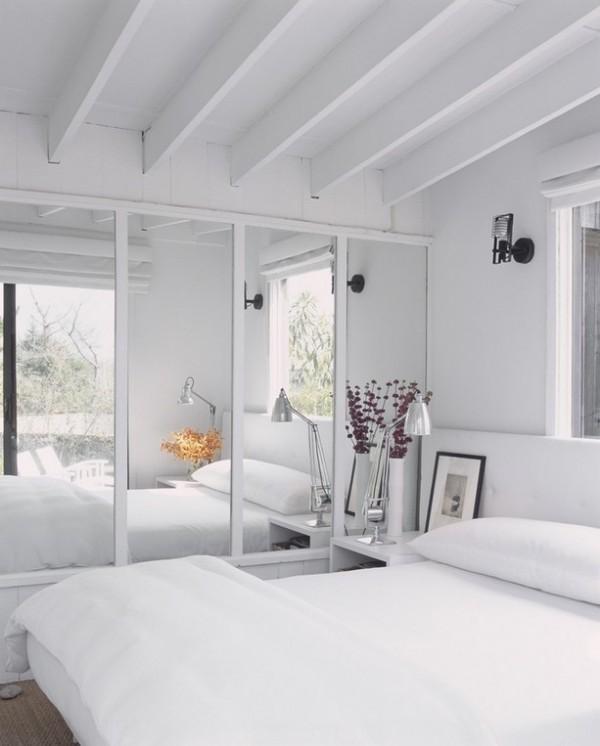 70平米小户型白色简约卧室装修效果图 (3/3)
