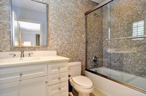 卫生间马赛克瓷砖背景墙装修效果图装修效果图_第4张