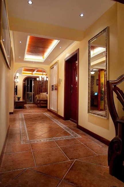 家居图库 餐厅马赛克瓷砖背景墙装修效果图欣赏 > 第2张  共 5 张图片