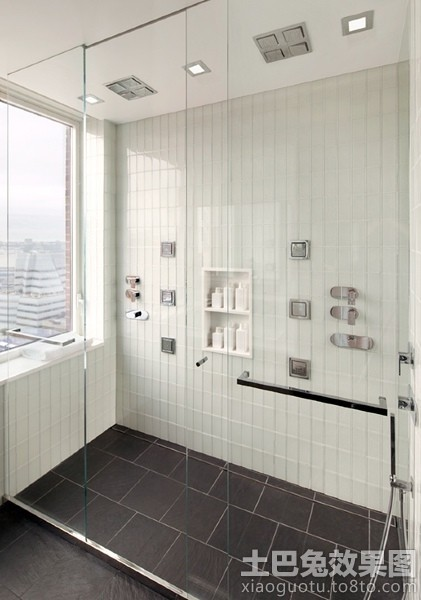 家庭淋浴室玻璃隔断设计装修效果图