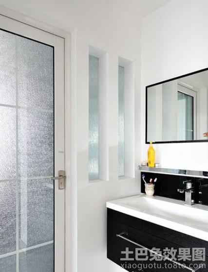 现代风格厕所隐形门装修效果图