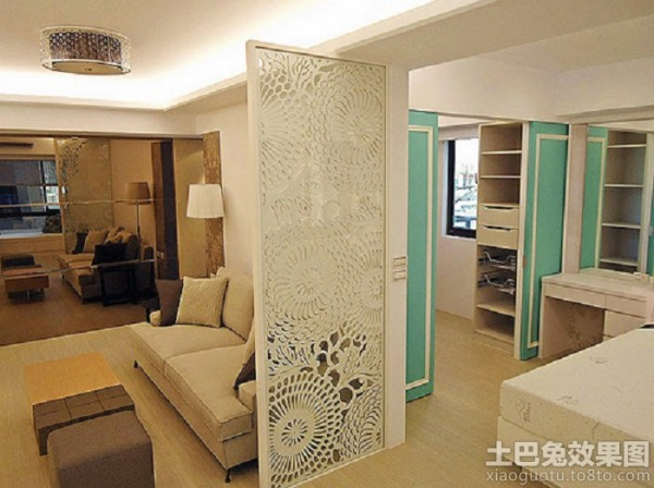 客厅镂空雕花屏风隔断效果图装修效果图