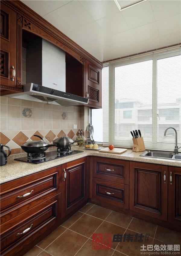美式风格大理石台面厨房装修图 (5/7)图片