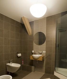 小户型卫生间2013最新小户型卫生间装修效果图大全
