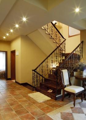 > 别墅楼梯装修效果图