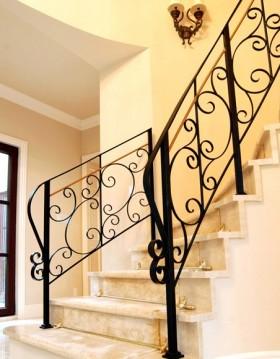 复式楼梯装修效果图 欧式楼梯.