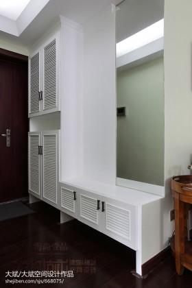 白色玄关进门玄关柜子效果图片欣赏