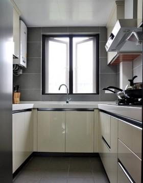简约u型小厨房装修效果图