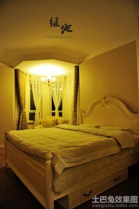 欧式风格暖色调欧式卧室装修效果图片