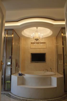 > 欧式浴室装修效果图