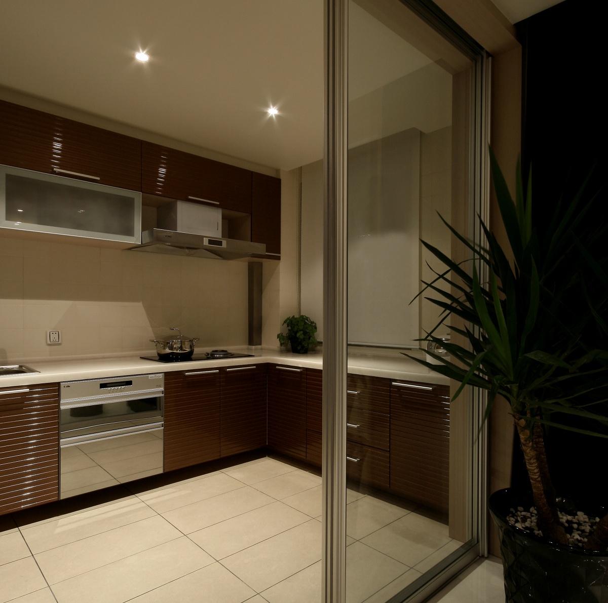 厨房l型实木橱柜装修效果图图片