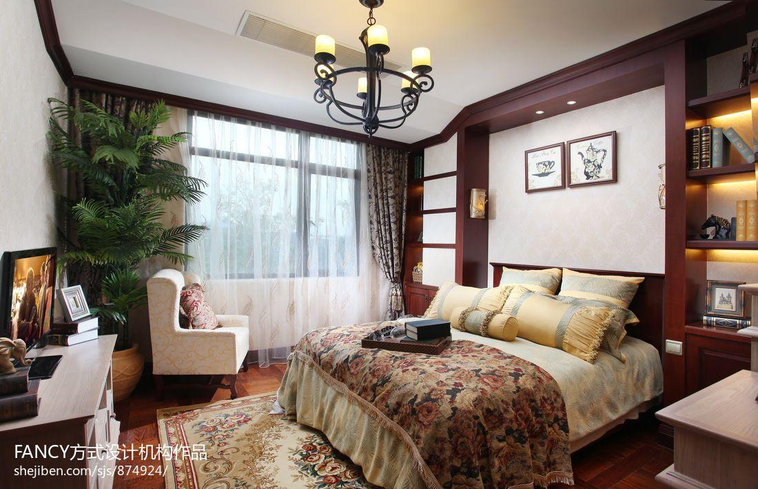美式别墅卧室窗帘效果图