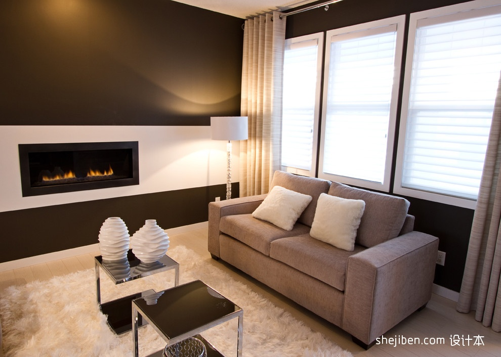 小客厅沙发地毯装修图片