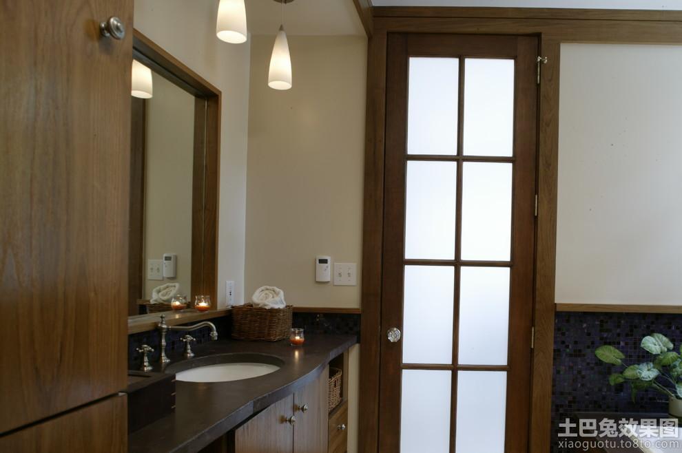 实木卫生间门装修图片