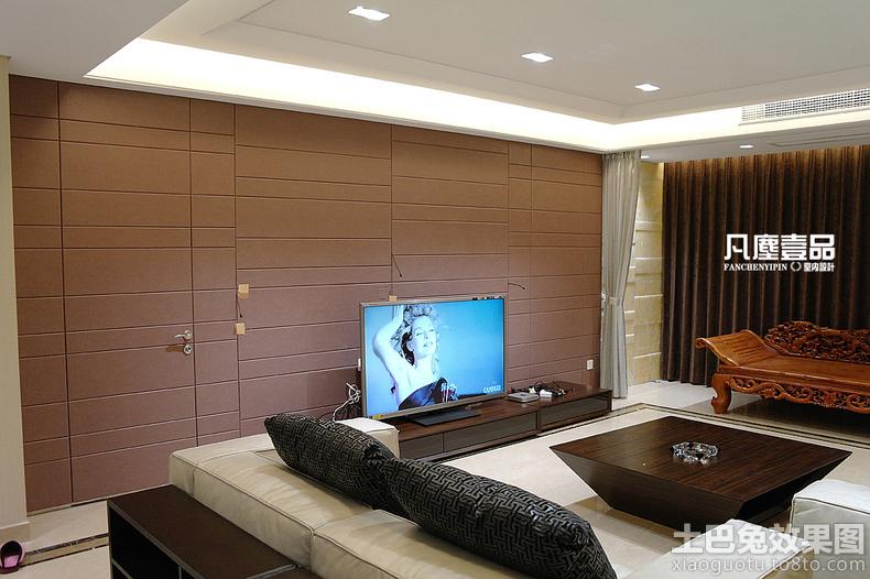 现代风格客厅隐形门电视机背景墙设计图片