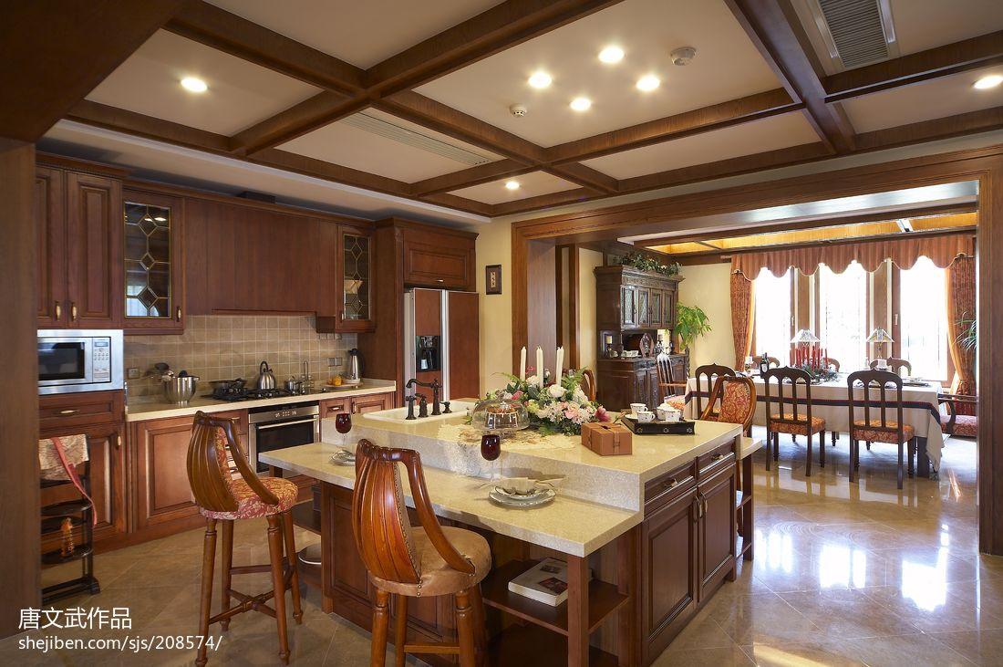 美式别墅开放式厨房装修效果图图片