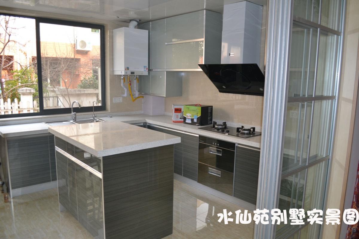 厨房简单装修效果图 厨房装修效果图 厨房灶台装修效果图 欧厨房装修高清图片