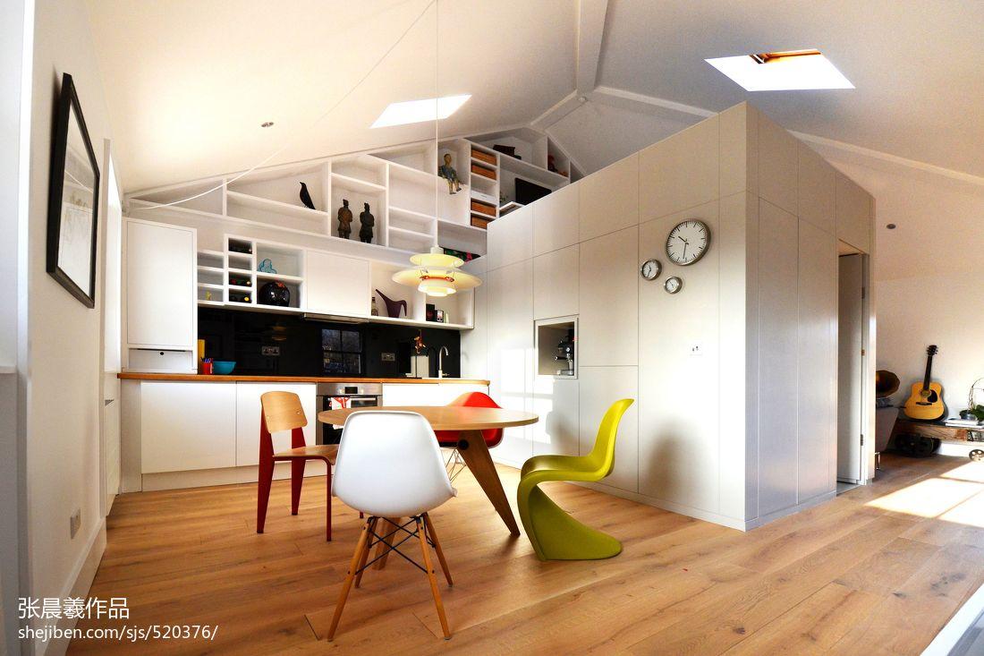 斜顶阁楼厨房小餐厅装修效果图大全